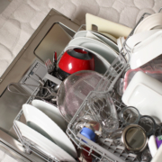 overloaded-dishwasher